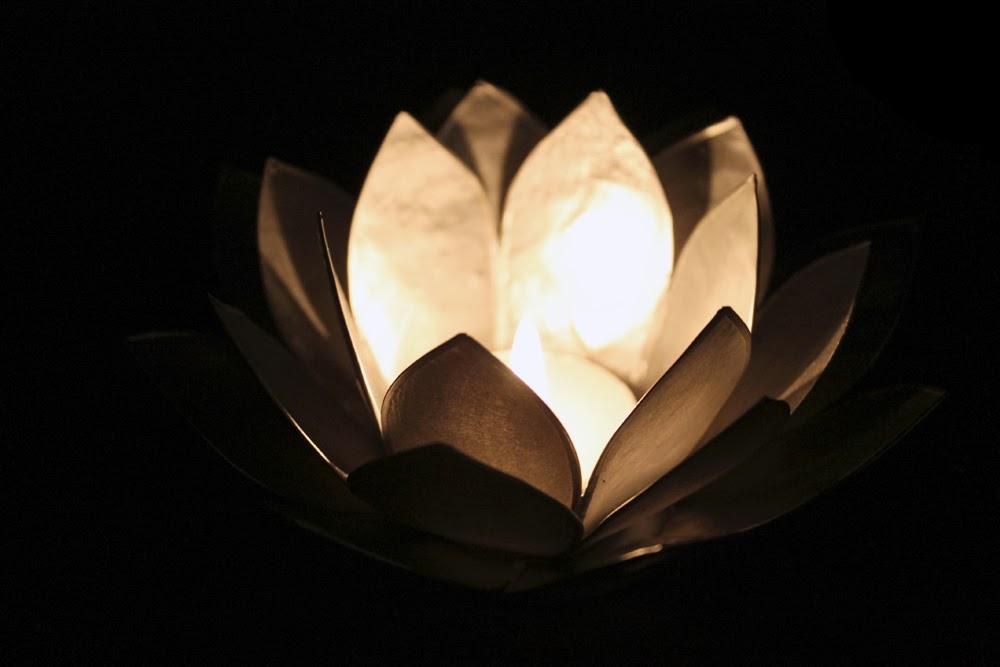 Lotusblüten-Teelichter