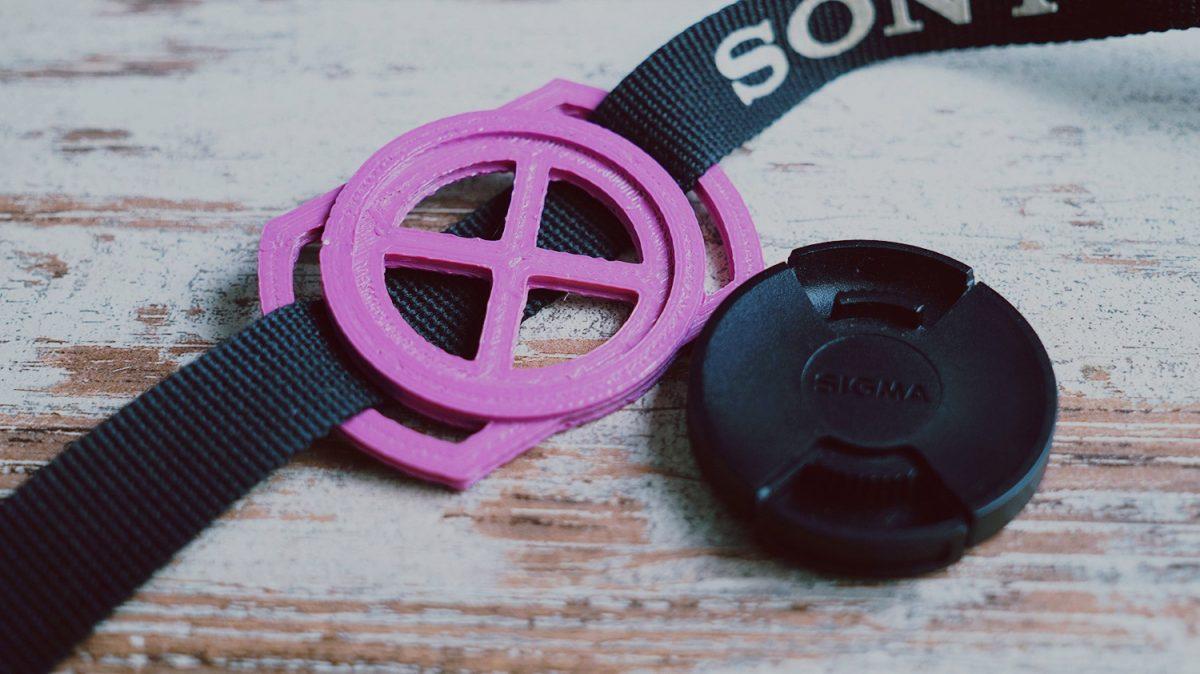 Objektivdeckel-Halter aus dem 3D Drucker