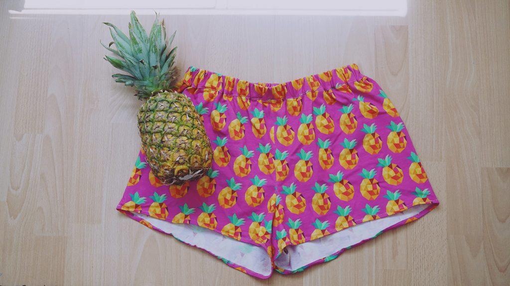 KuneCoco • DIY your closet • Shorts für den Sommer mit Ananasmuster