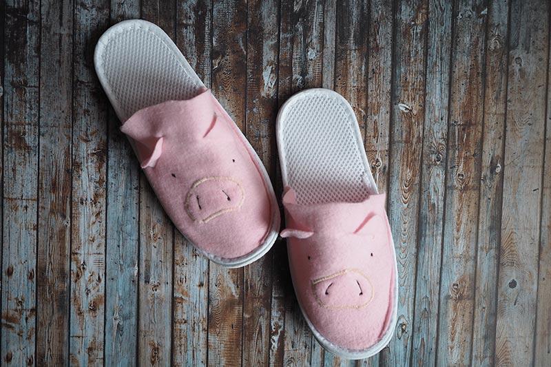 DIY ~ Schweine-Pantoffeln