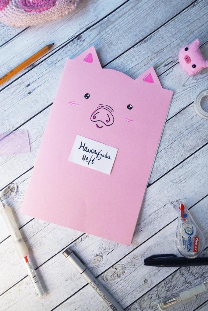 Das fertige DIY Schweine-Notizbuch